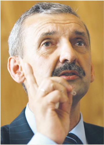 Sławomir Broniarz (szef ZNP): Nie ma merytorycznego uzasadnienia do zmiany Karty nauczyciela