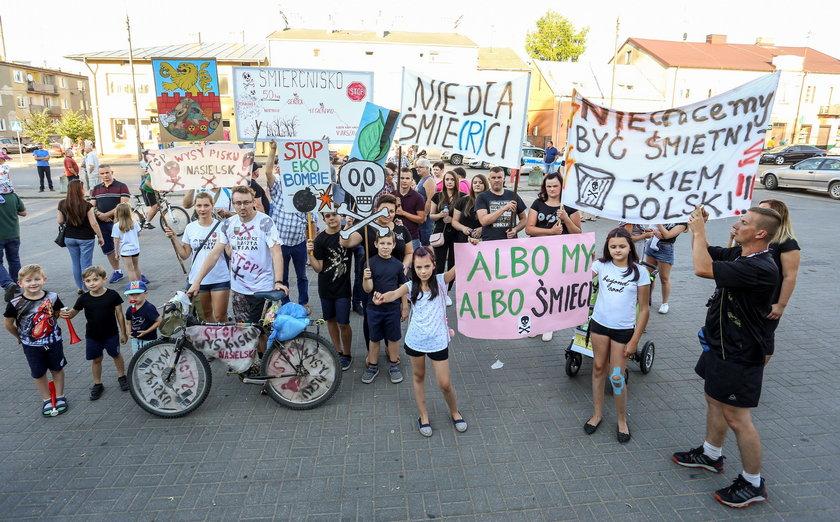 Mieszkańcy Nasielska protestują: Nie dla składowiska!