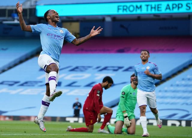Rahim Sterling slavi pogodak za Mančester Siti protiv Liverpula