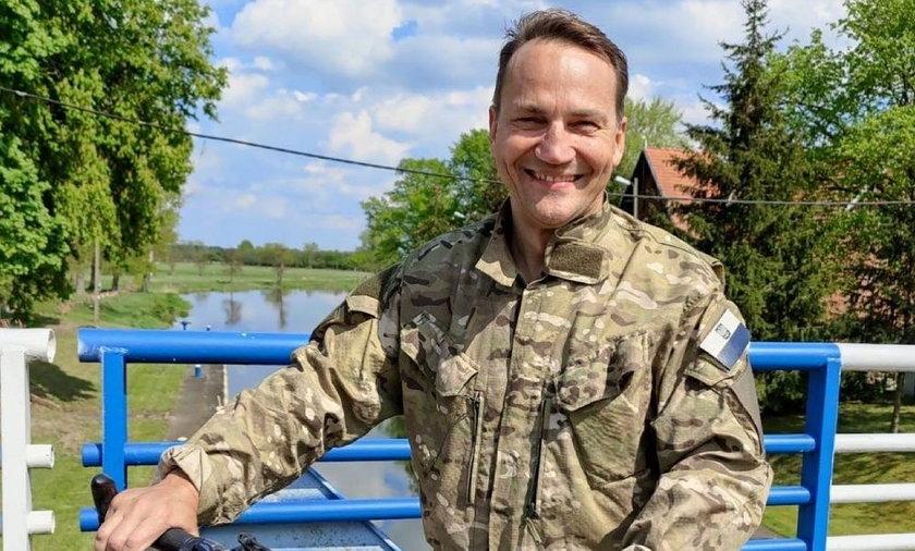 Radosałw Sikorski.