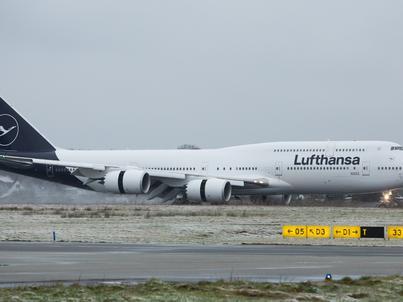 Lufthansa w 2018 roku zaprezentowała nowe malowanie samolotów i identyfikację wizualną. Zmieniono je po blisko 30 latach