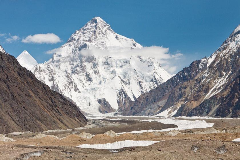 Denis Urubko rozpoczął schodzenie z K2