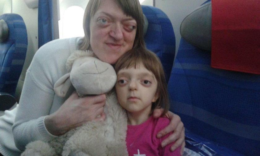 Internauci ruszyli z pomocą dla niewidomej mamy i jej chorej córeczki. Pani Ewa: z całego serca dziękuję!
