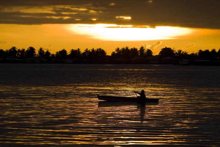 Bajau, pleme, Indonezija, EPA - AHMAD YUSNI