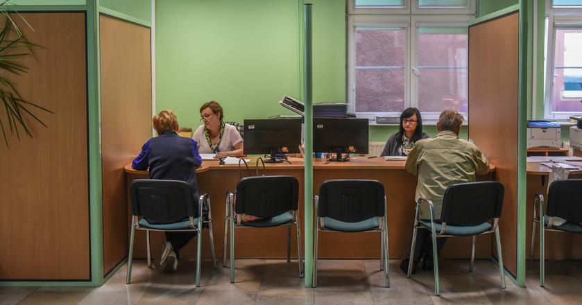 Pracownicy ZUS do 31 lipca otrzymają 150 zł podwyżki brutto