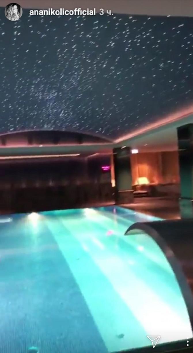 Ppuštanje u bazenu