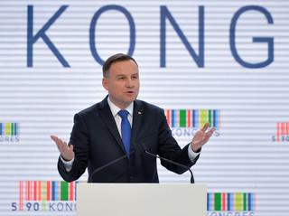 Duda: Ktoś, kto głosuje przeciwko Polsce nie ma prawa się nazywać polskim deputowanym