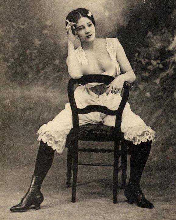 Prostitutka, oko 1920. godine
