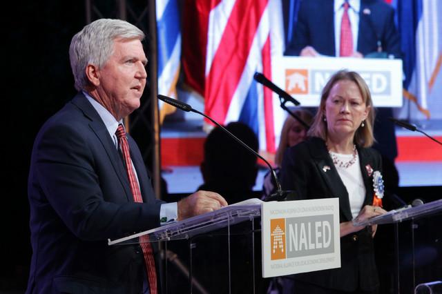 Sadašnji i bivši ambasadori SAD-a: Kajl Skot i Meri Vorlik