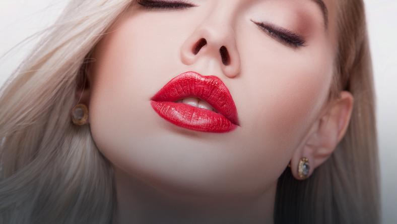 Specjaliści wyjaśniają, że usta są jednym z ważniejszych atrybutów naszej seksualności
