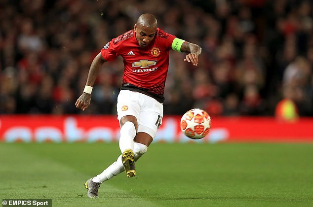 Ashley Young frustrated Manchester United fans on Wednesday night (EMPICS Sport)