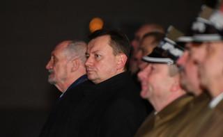 Macierewicz przekazał resort. 'Po raz pierwszy Polacy mogli powiedzieć, że są bezpieczni'