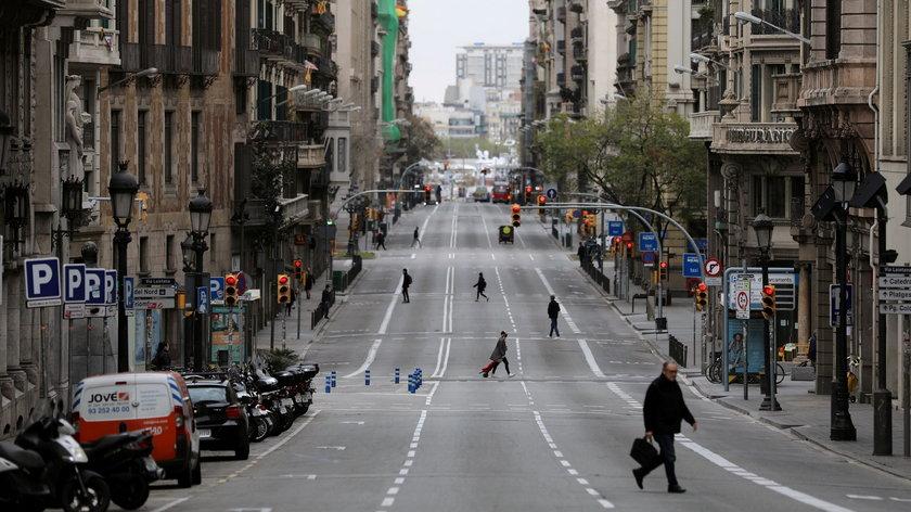 Od wtorku 11.05 na 70-80 procentach hiszpańskich dróg w terenie zabudowanym, obowiązuje ograniczenie prędkości do 30 kilometrów na godzinę.