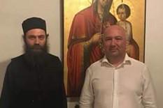Nenad Popović i Visokoprepodobnim arhimandritom Metodijem