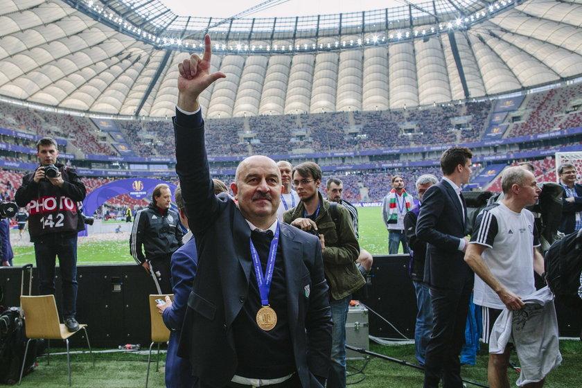 Stanisław Czerczesow rozchwytywany po odejściu z Legii. Chce go Milan!