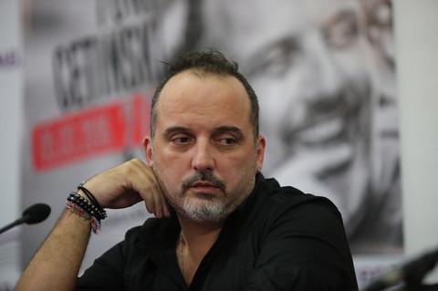 Estetske operacije su postale uobičajene među pevačicama, ali ni Toni Cetinski im nije odoleo! Video