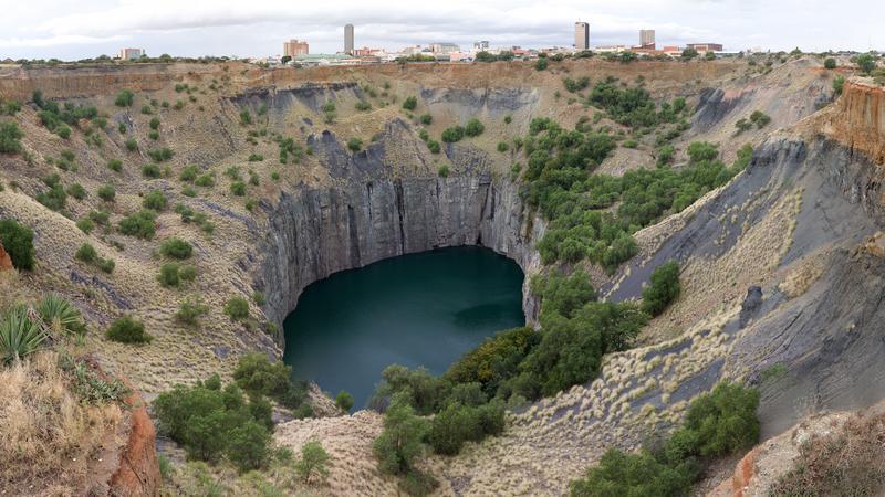 Kimberley, Big Hole, dawna kopalnia diamentów