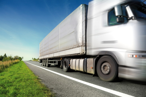 ciężarówka, transport drogowy
