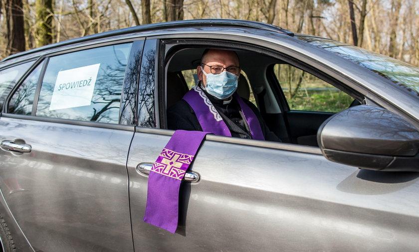 Ksiądz Adam Pawłowski z parafii św. Marcelina w Rogalinie