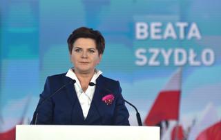 Nowy rząd: Czym ministrowie gabinetu Beaty Szydło zajmą się po objęciu stanowisk?