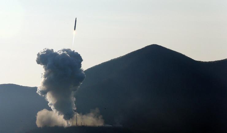 309349_raketa-juzna-koreja-foto-afp