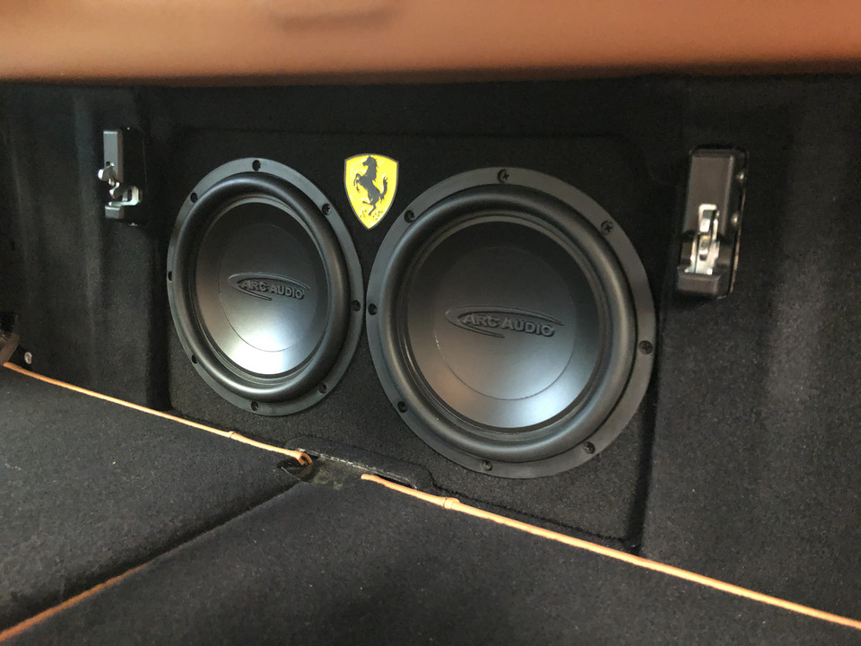 Ferrari California - zestaw audio