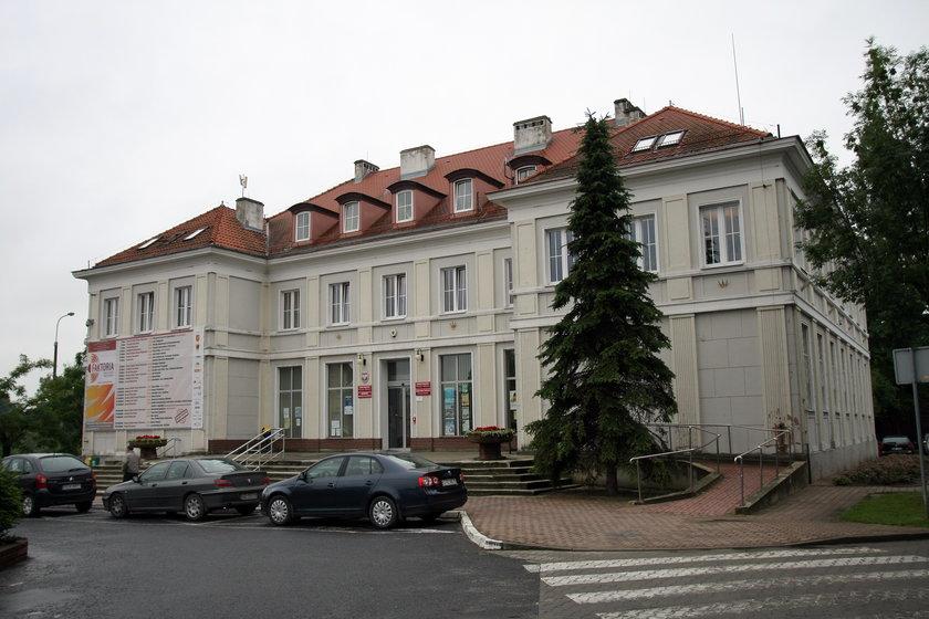 Urząd miasta w Pruszczu Gdańskim rozdaje flagi