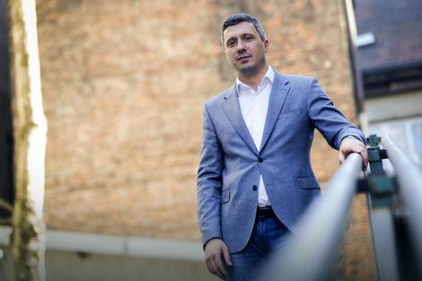 Sa Vučićem nema saradnje, a sa ostalima iz opozicije zavisi od mnogo stvari: Obradović