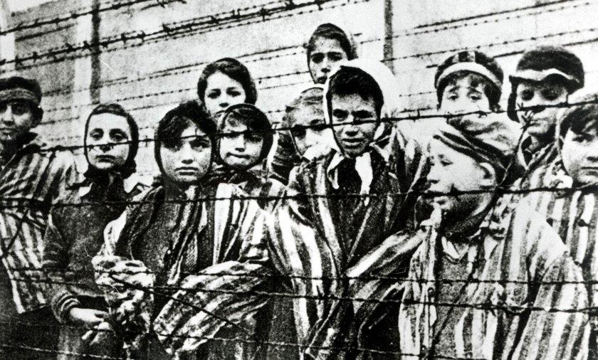 Rzecznik Praw Dziecka: Okrutne zbrodnie na dzieciach w podstawie programowej
