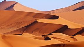 Niezwykłe zdjęcie pustyni Namib. Widzisz, jaki kształt przybrały wydmy?