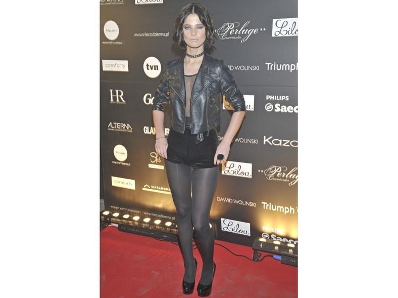 Gabriela Pacholarz z Top Model  w podrobionej kreacji na pokazie Dawida Wolińskiego