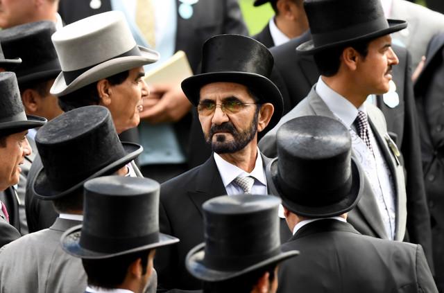 Vladar Dubaja šeik Muhamed al Maktum (C)