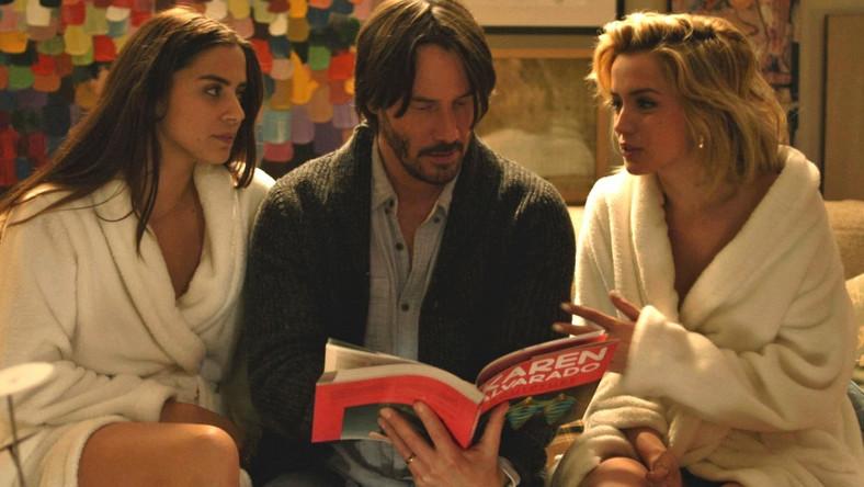 Lorenza Izzo i Ana de Armas uwodzą Keanu Reevesa