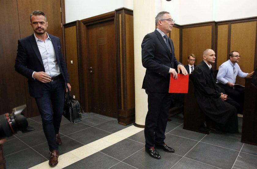 Sławomir Nowak i Bartłomiej Sienkiewicz przed sądem