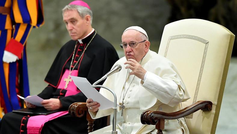 Papież Franciszek i niemiecki arcybiskup Georg Gaenswein