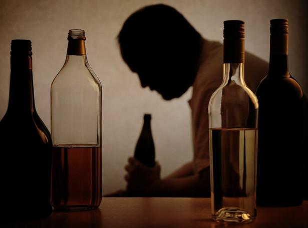 Alkohol w czasie lockdownu zabił najwięcej Brytyjczyków od 20 lat