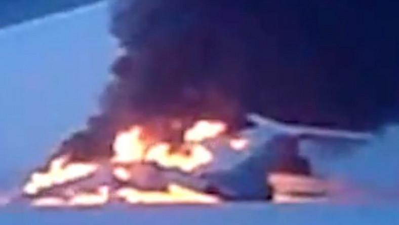 Zakaz lotów dla Tu-154B to wynik noworocznego katastrofalnego pożaru jednego z takich samolotów