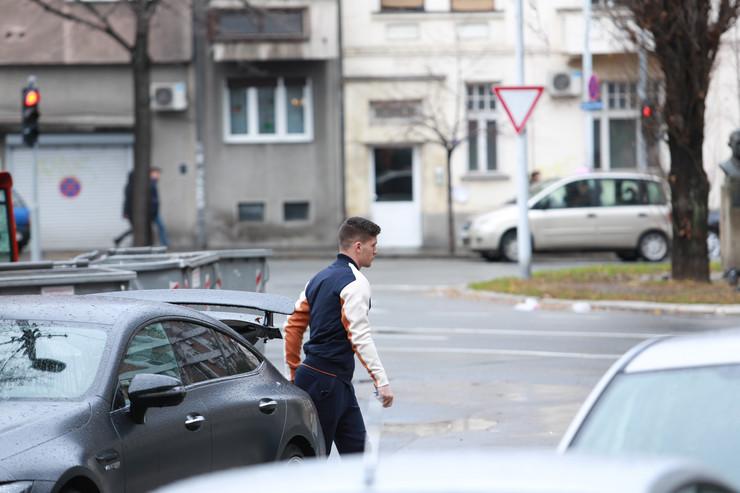 Luka Jović kod Sofijine zgrade