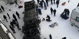 Tragiczny wypadek w Rosji. Autokar spadł z mostu. Kilkanaście osób nie żyje, są ranni