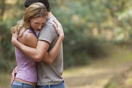 Ključni razlozi: Zašto se žene zaljubljuju u OŽENJENE