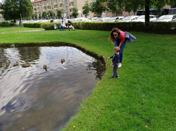Porodica Miljković se polako navikava na Švedsku