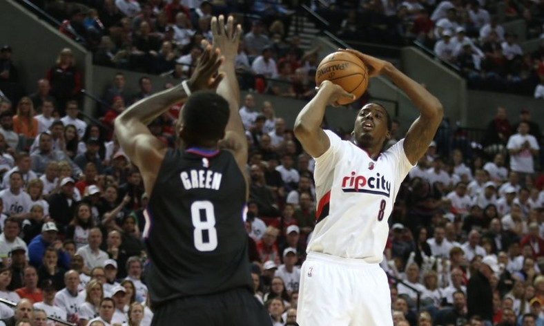 Al-Farouq Aminu against Los Angeles Clippers