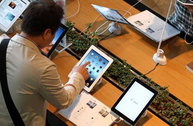 Pod względem marek prym na globalnym rynku wiedzie Apple. Około 66 proc. sprzedanych urządzeń w drugim kwartale stanowiły iPady