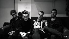 "The 1975 prezentują ""Heart Out"""