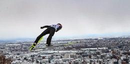 Stoch latał krótko, bo obijały mu się narty. Problemy techniczne polskiego skoczka