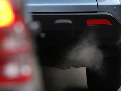 Spalamy o 25 proc. więcej paliwa, niż deklarują producenci aut.
