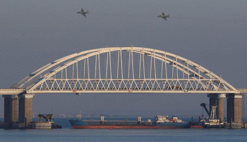 Rosyjskie okręty ostrzelały ukraińskie jednostki