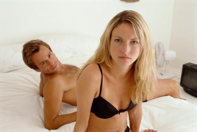 Strani amaterski porno