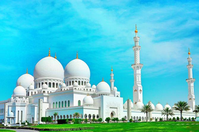 Džamija šeika Zajeda osma je po veličini u svetu