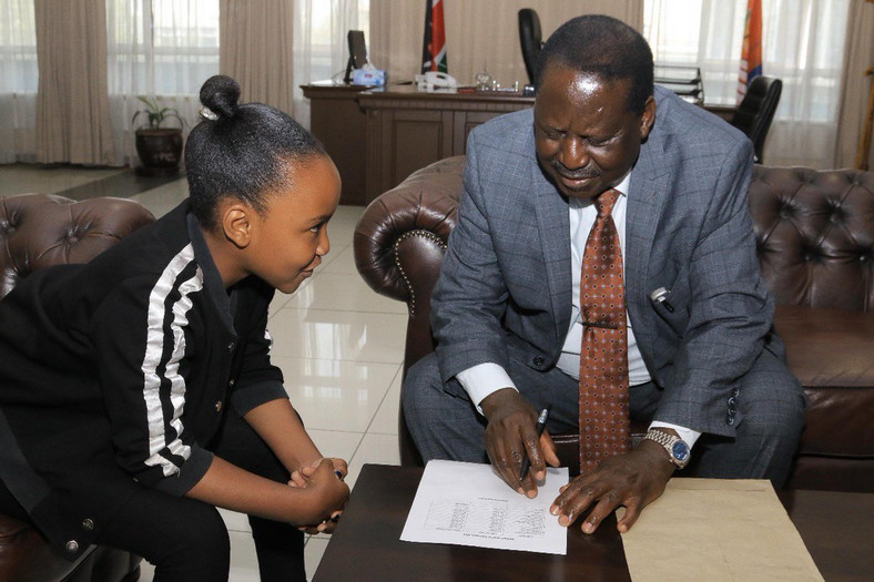 Wendy Waeni with Raila Odinga